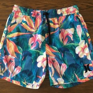 Hurley Men´s Floral Shorts Size M